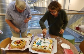 Franjo and Ingeborg killing the cakes.......